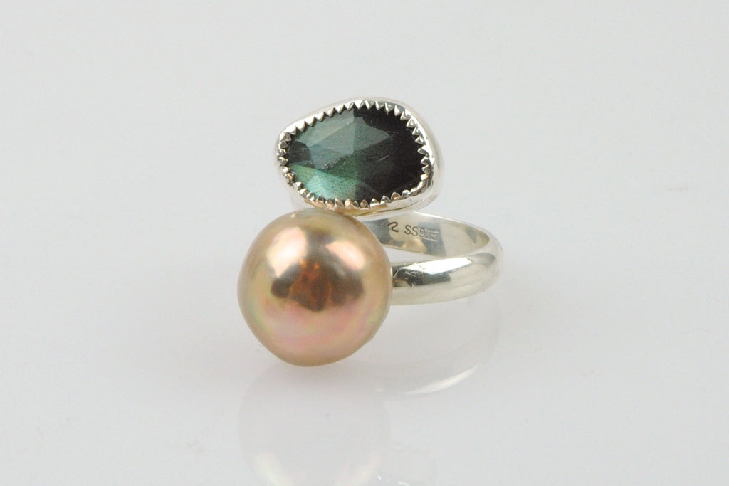 LABRADORITE AND RIPPLE PEARL RING