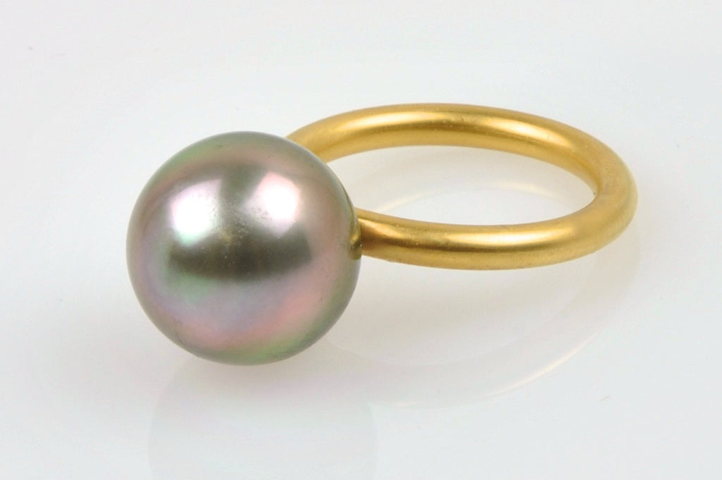 big tahitian button pearl ring