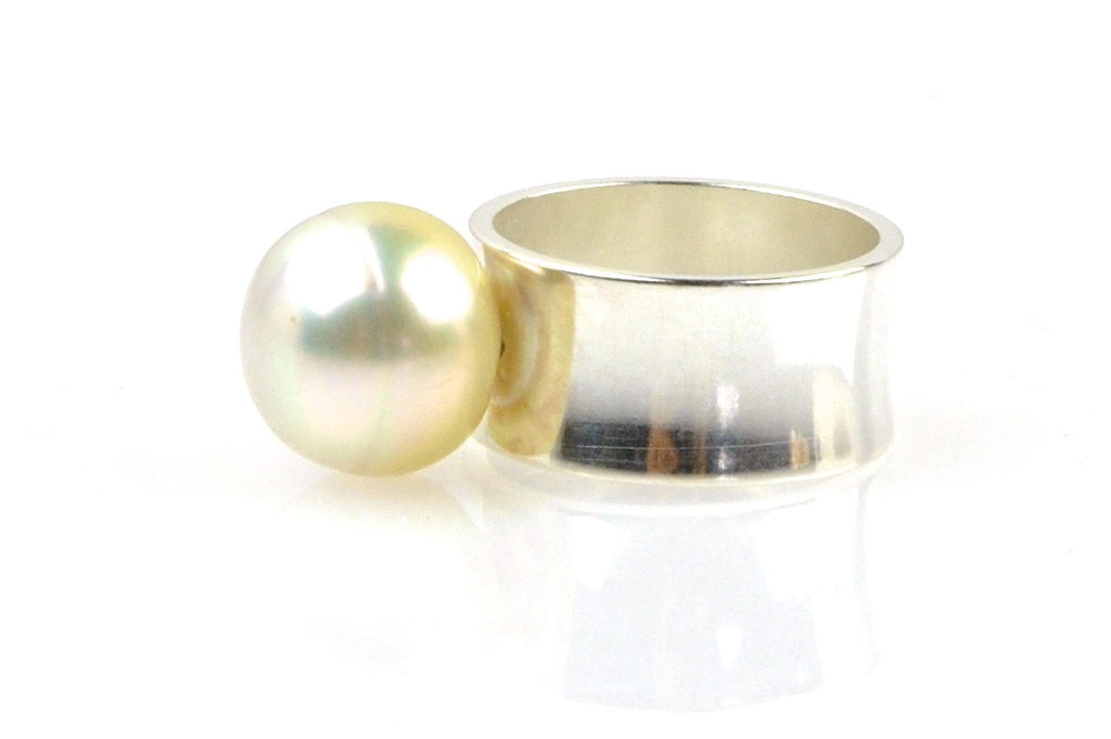 golden white south sea pearl and sterling ring