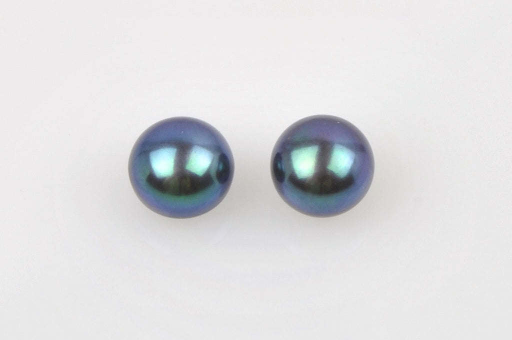 dyed deep blue button pearl pair