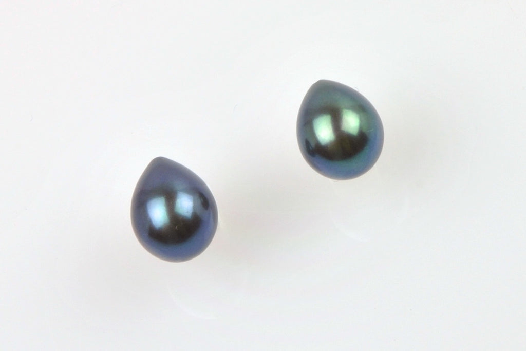 dyed deep blue/green pearl pair