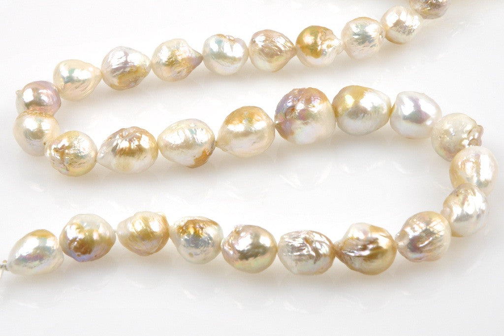 metallic multi-hue ripple pearl drop strand