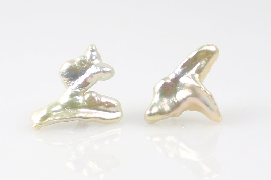 freedom rings keshi pearl stud earrings