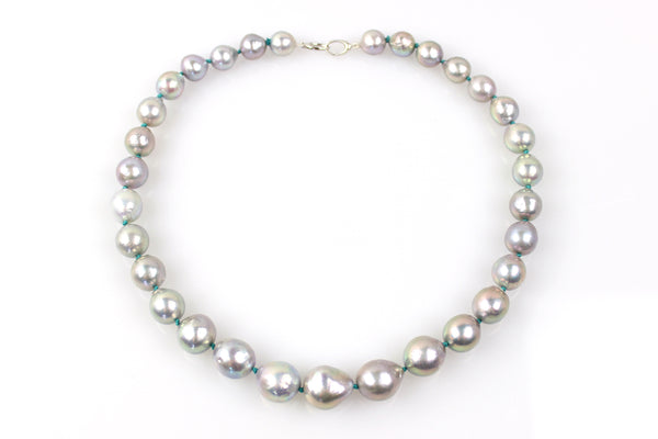 siren's song freshwater pearl necklace