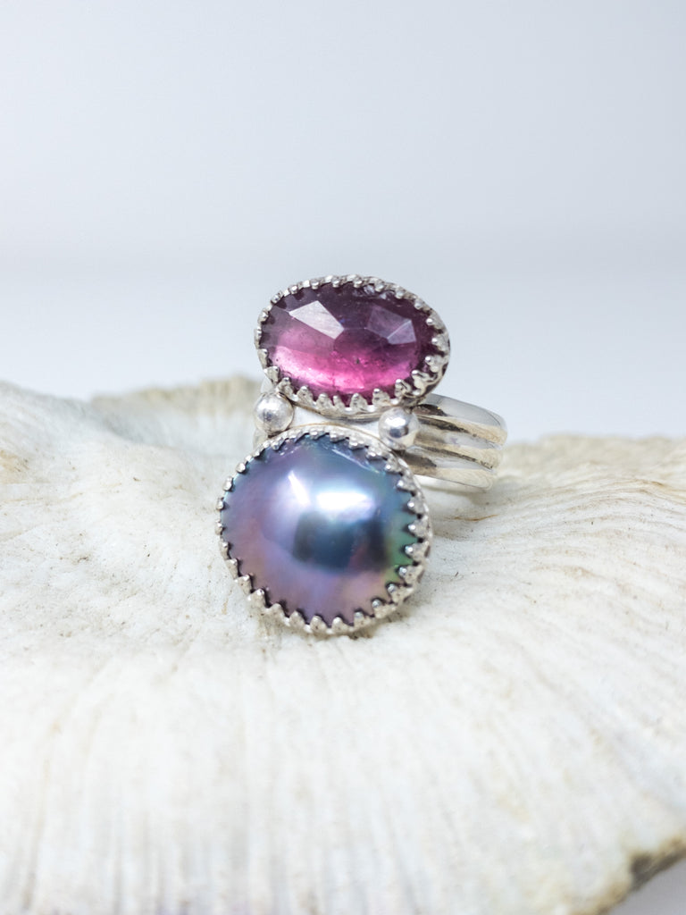 Size 7 tourmaline and Sea of Cortez mabe pearl ring