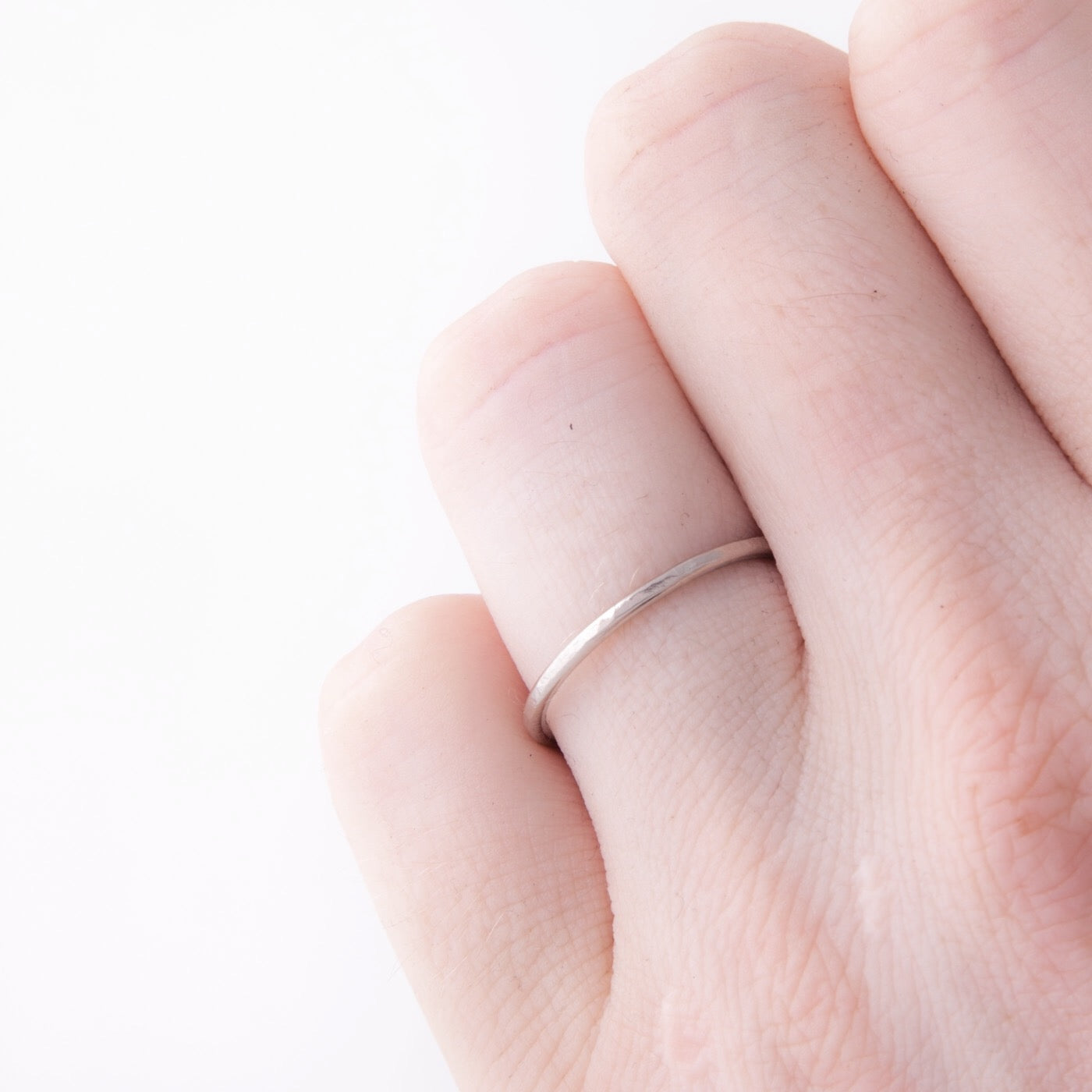 wedding ring minimalist hera white gold hammered product view innan jewellery