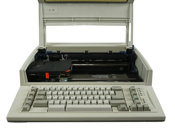 IBM Wheelwriter 1000 Front View with Open Cover