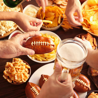 Sports Are Back: 4 Snacking Survival Tips to Avoid a Weight Penalty