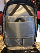 Load image into Gallery viewer, MANHATTAN Business USB Backpack