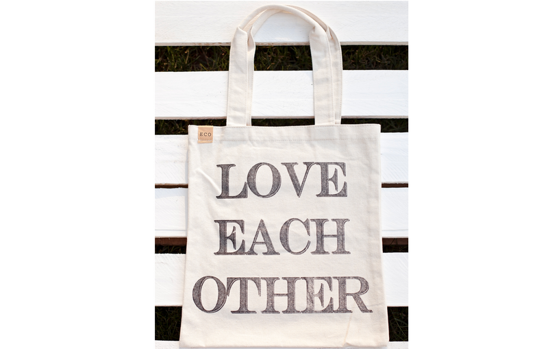 Love Each Other {Tote Bag} <3
