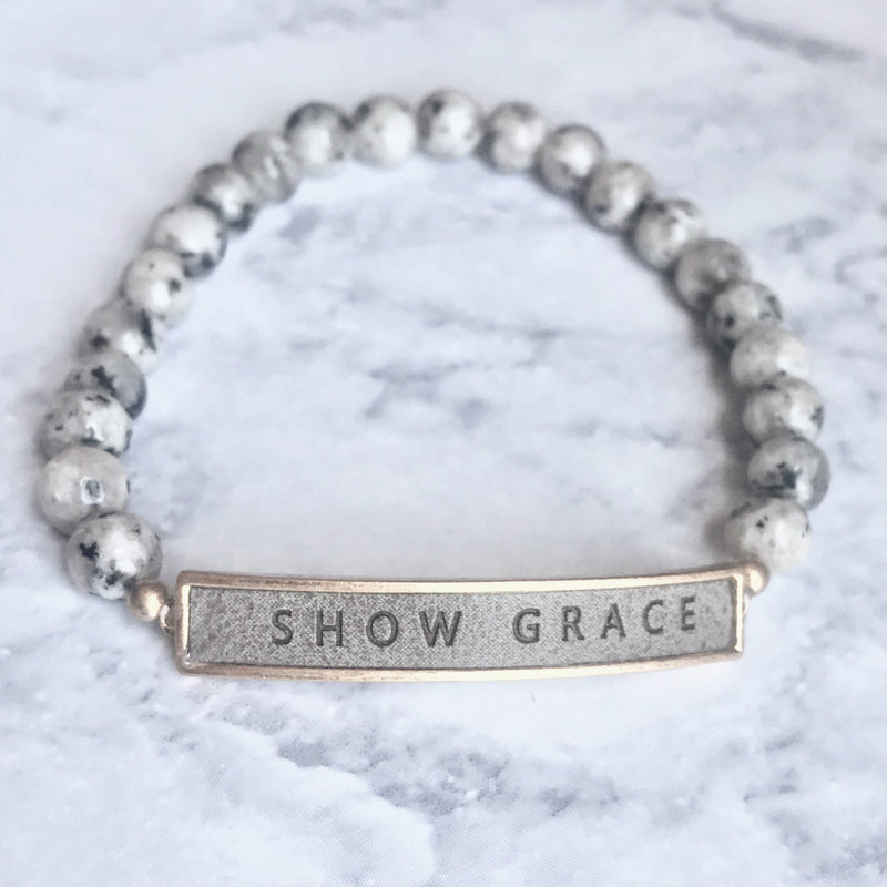 Show Grace {Bracelet} - Light Gray