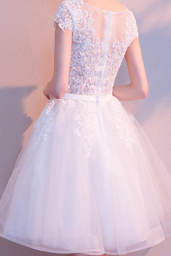 A-line Tulle White Lace Scoop Neck Homecoming Dress with Appliques, MH404|musebridals.com
