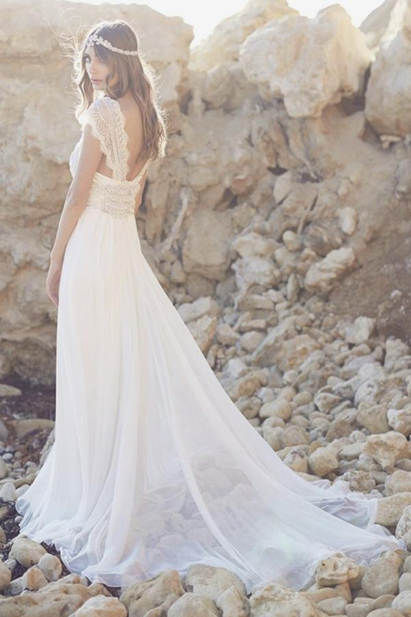Fabulous Tulle Cap Sleeves Long Beach Wedding Dress with Lace, MW146