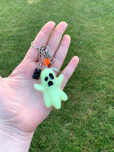 Load image into Gallery viewer, Glow/Glitter Ghost Inspired Keychain