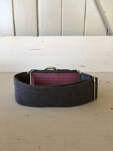 Rescued collar - Red diamond black denim (Medium)