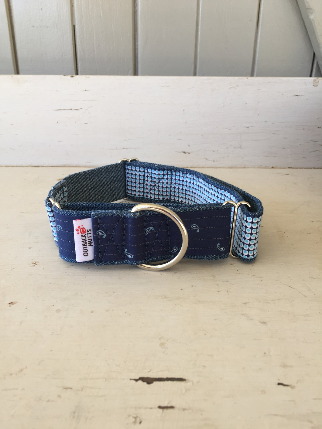 Rescued collar - Paisley bubble