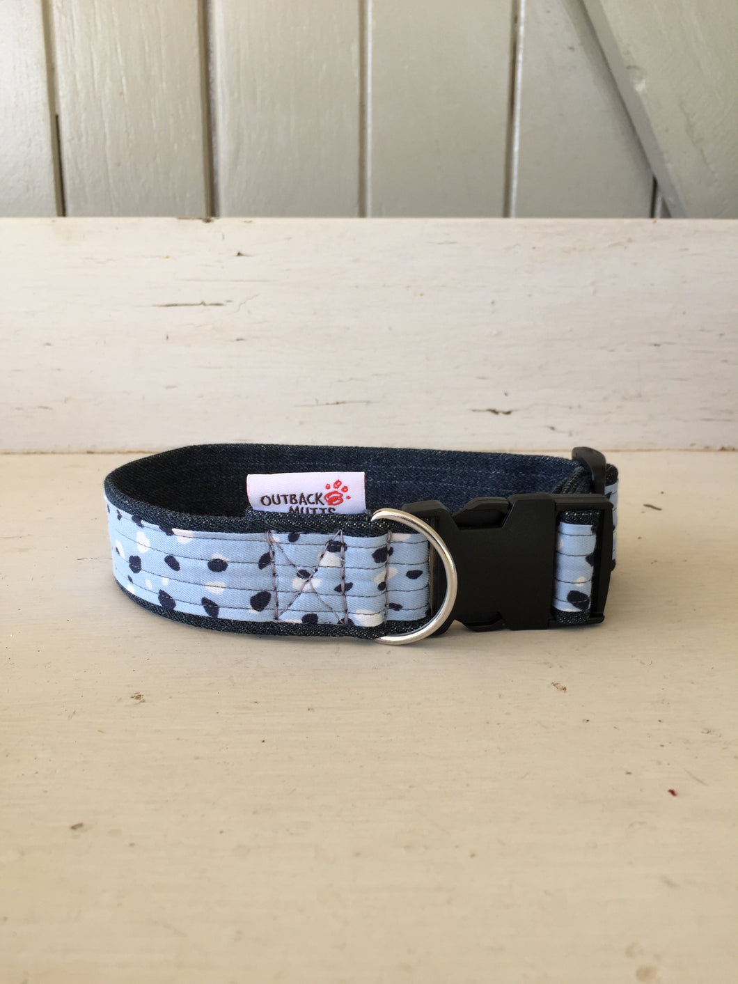 Rescued collar - Blue dot (small)