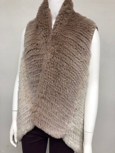 Knitted Rabbit Hombre Vest