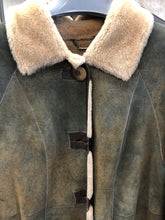 Load image into Gallery viewer, Texan Shearling Coat