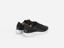 pregis pro sneaker black leather extralight sole made in Portugal