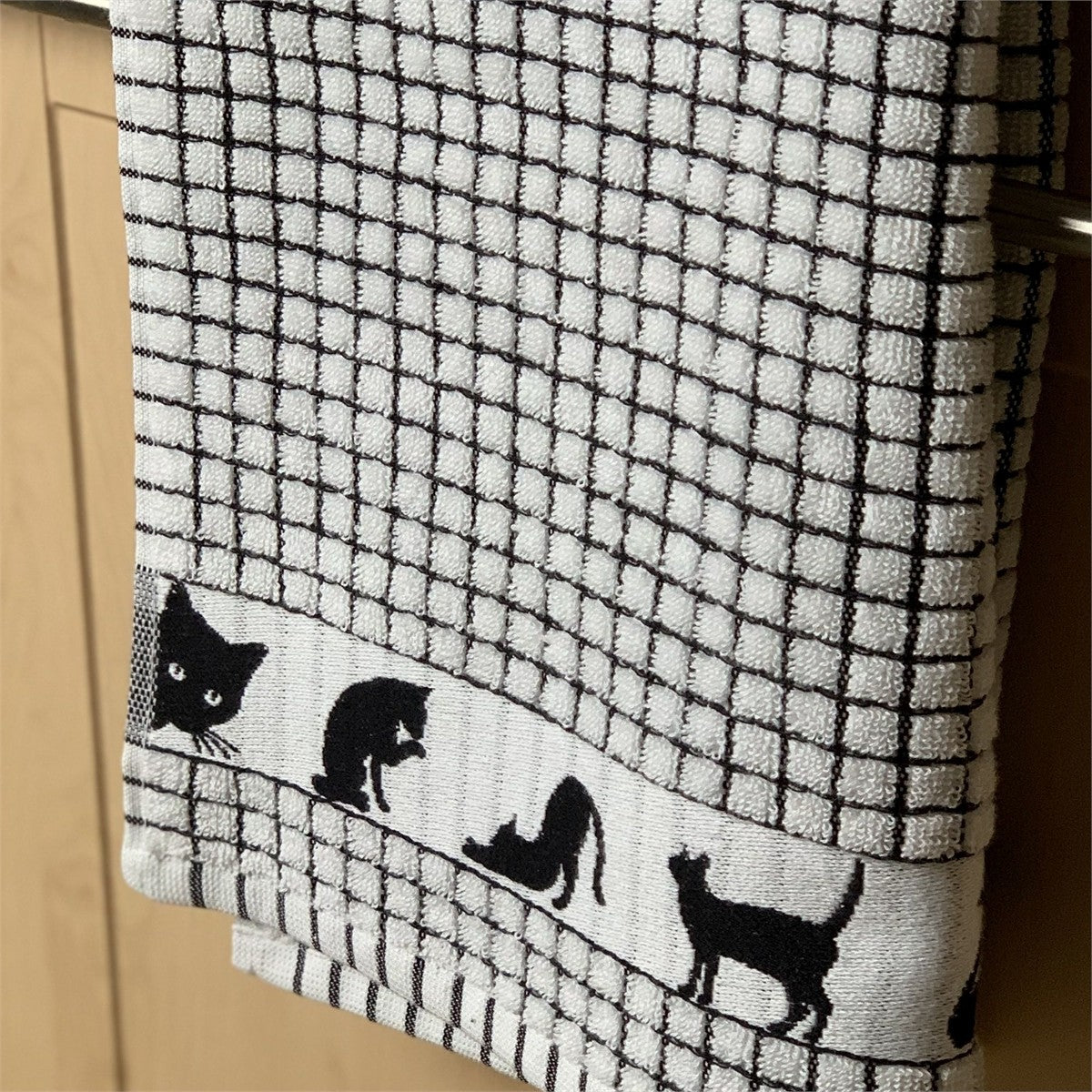 Black Cat poli-dri tea towel