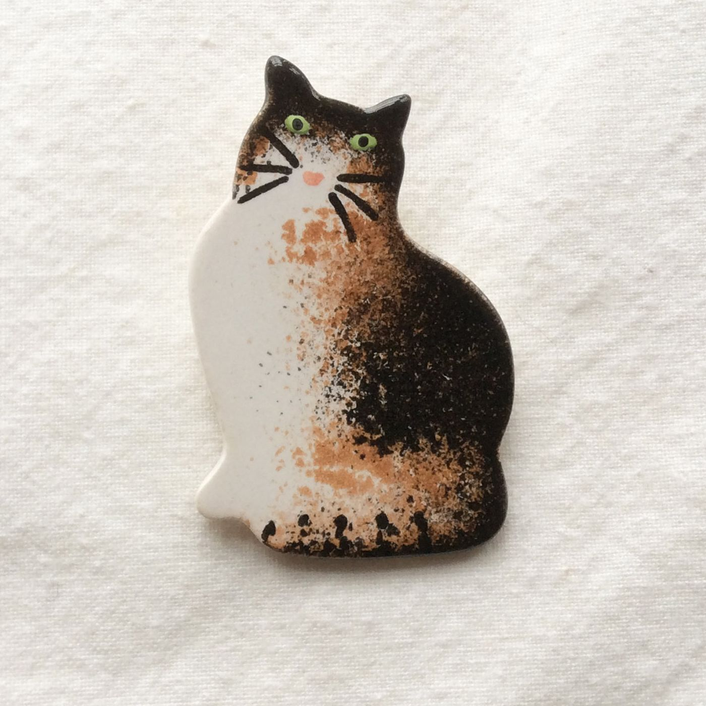 Tortie Cat Ceramic Brooch