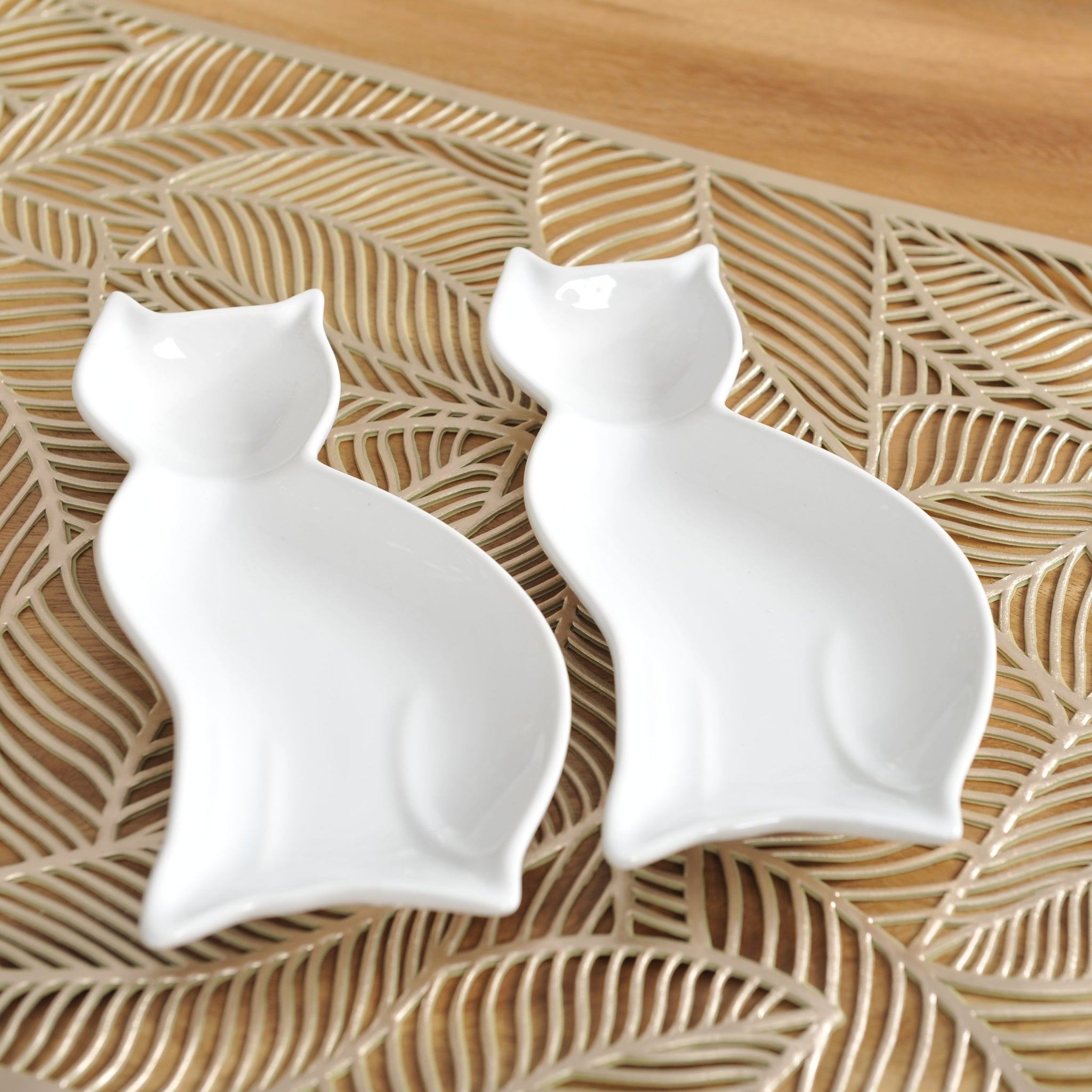 Set of 2 Cat Shaped Dishes