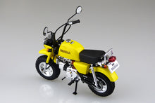 Load image into Gallery viewer, Aoshima 1/12 Honda Z50JZ-3 Gorilla Motor Scooter Takegawa Special Parts 05223