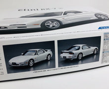 Load image into Gallery viewer, Aoshima 1/24 Mazda RX-7 Efini 1996 05158
