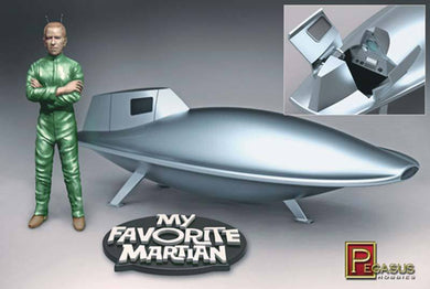 Pegasus 1/18 My Favorite Martian Uncle Martin/Spaceship 9012