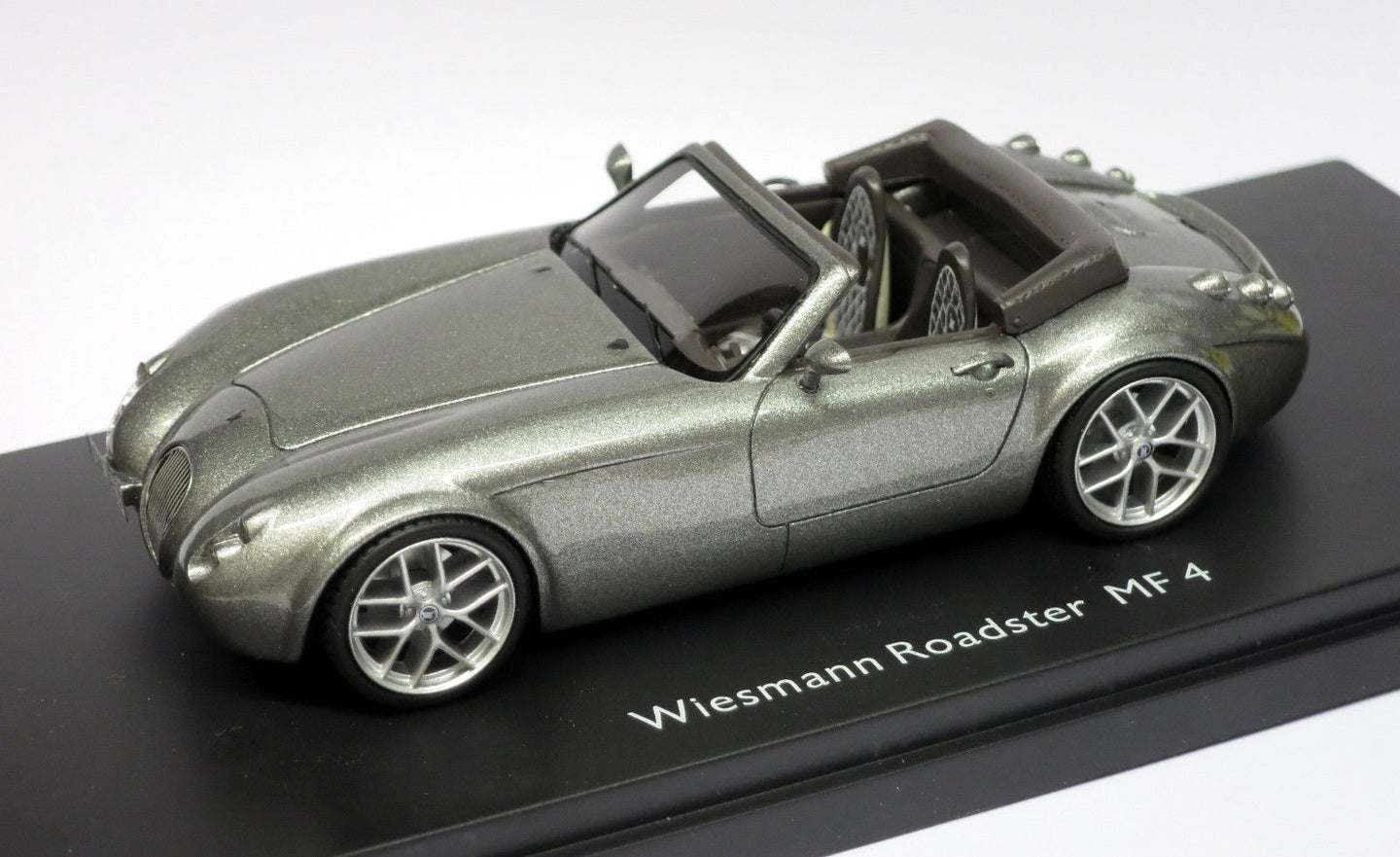 Schuco 1/43 Wiesmann Roadster MF 5 Grey Metallic 450888500