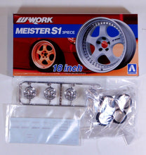 "Load image into Gallery viewer, Aoshima 1/24 Rim & Tire Set ( 21) Meister S1 18"" 05299"