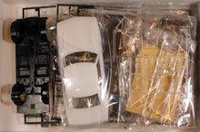 Load image into Gallery viewer, Aoshima 1/24 Toyota Celica 1600GT TA22 05318