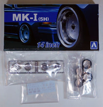 "Load image into Gallery viewer, Aoshima 1/24 Rim & Tire Set ( 67) MK-1 (5H) 14"" 05438"