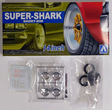 "Load image into Gallery viewer, Aoshima 1/24 Rim & Tire Set ( 92) Super-shark Short Rim 14"" 55489"