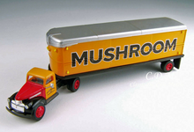 Load image into Gallery viewer, Classic Metal 1/87 HO Chevy Tractor/Trailer Set 1941/46 Mushroom 31166