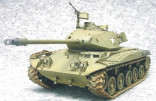 Load image into Gallery viewer, AFV Club 1/35 US M41A3 Walker Bulldog light Tank 35041