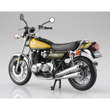 Load image into Gallery viewer, Aoshima Prebuilt Die Cast 1/12 Kawasaki 900 Super4 (Z1) Yellow Ball 10459