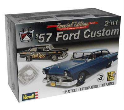 Revell 1/25 Ford Custom 1957 2'in1 Plastic Model Kit 854283