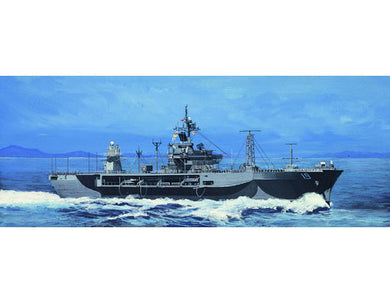 Trumpeter 1/700 USS Blue Ridge LCC-19 1997 PLASTIC MODEL KIT 5715