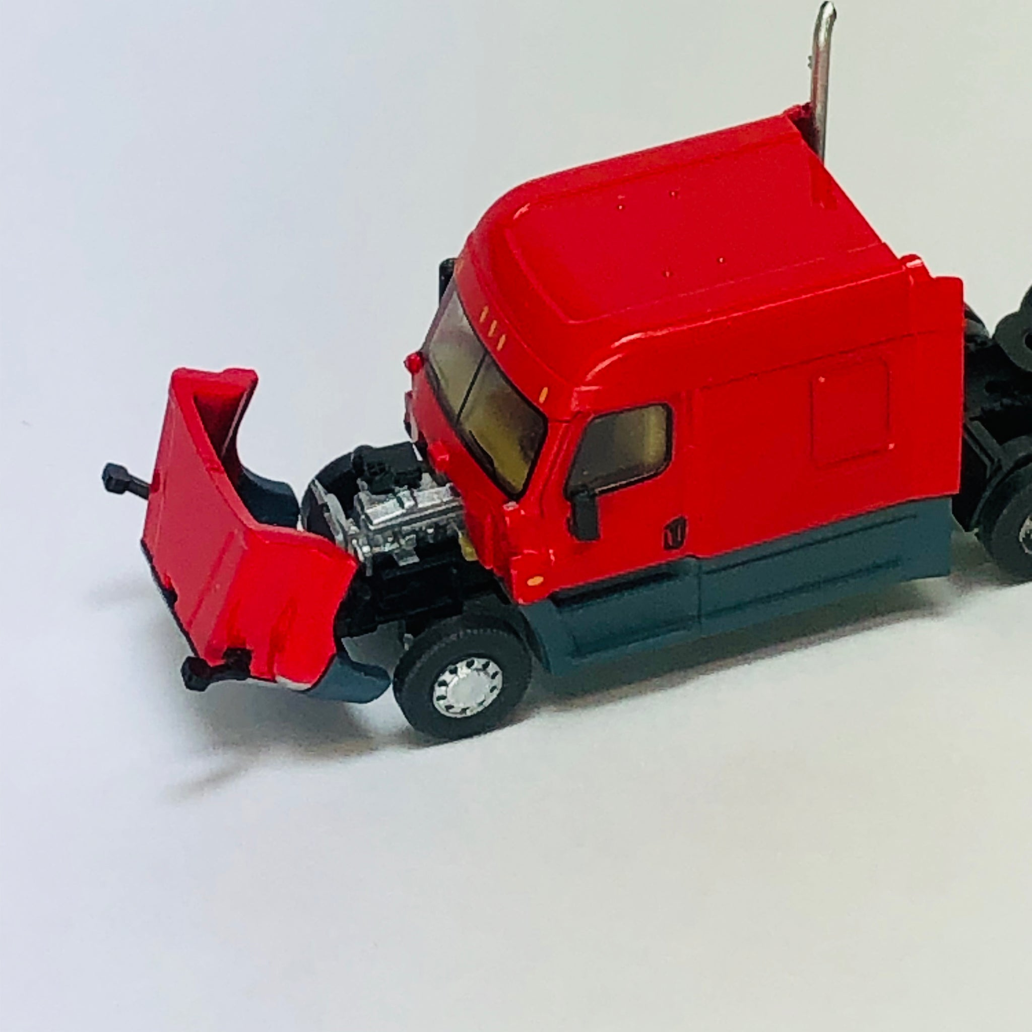 Trainworx Stock #42533 Red Mid Roof Cascadia Tractor N-Scale