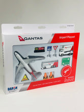Load image into Gallery viewer, Daron Playset Qantas Airport RT8551-1