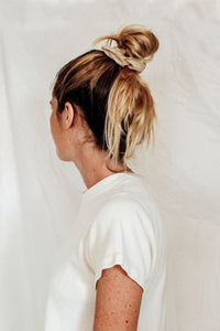 THE SUNNY SCRUNCHIE