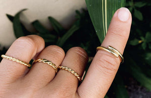 ISTA twisted flat Ring Gold - The Santai Collection