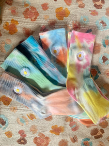 Tie dye flower power socks