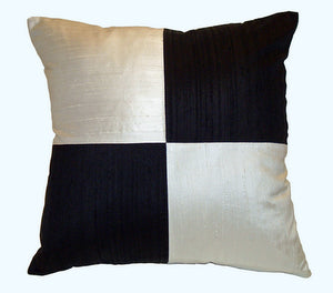 "Decorative throw pillow ""Chessboard"""