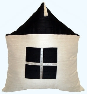 "Decorative accent pillow ""House"""