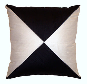 "Decorative throw pillow ""Sand Clock"""