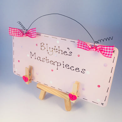 Child's masterpiece personalised sign - display latest pictures & artwork