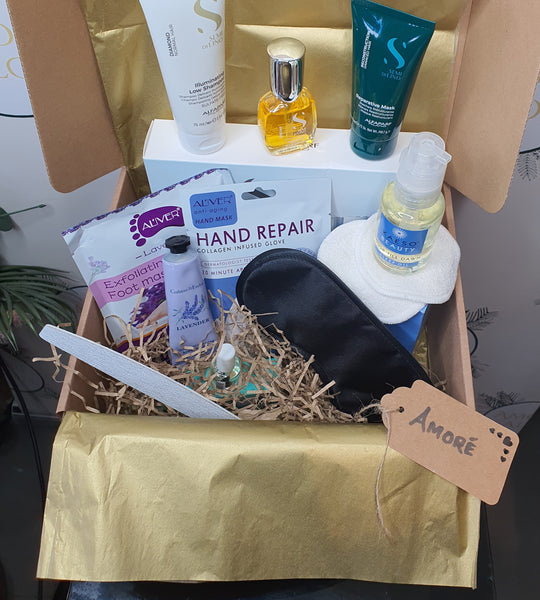 THE PAMPER GIFT BOX